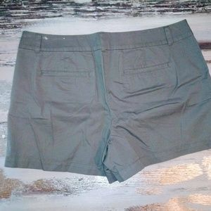 Shorts - LOFT Women's Grey Shorts
